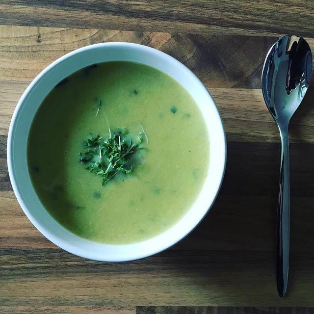 Spargelsüppchen#Suppe #foodporn #spargel #soup #asparagus