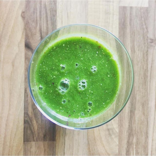Is sicher gesund!#Green #smoothie #siehtschlimmerausalsesist #healthy