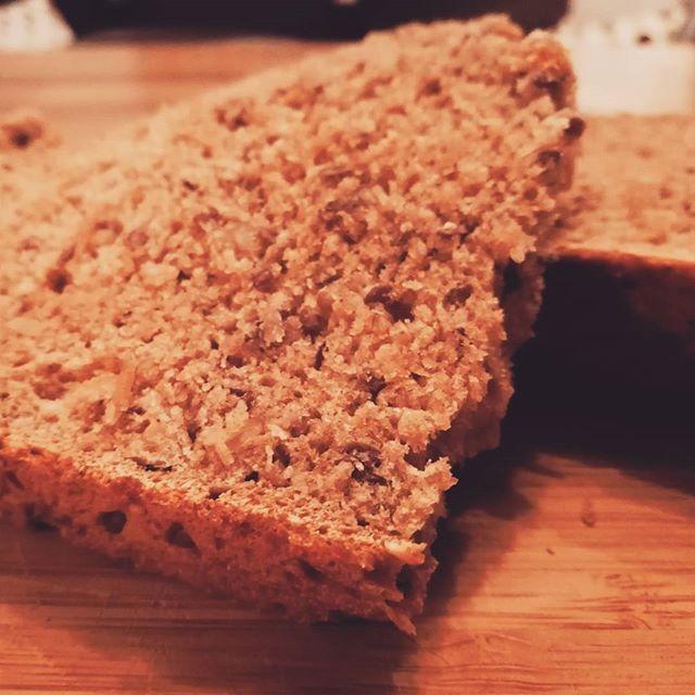 Lecker, weil selbstgebacken... #instafood #bread #selfbaked #esistnochwarm