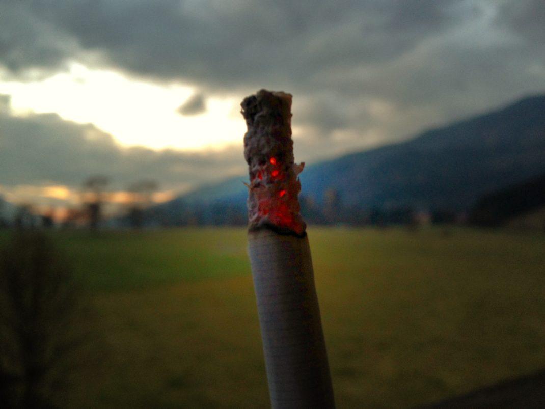 Glühende Zigarrette