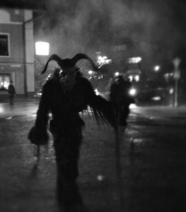 Der Krampus aus der Nacht (Krampusspiel Trieben 2011)