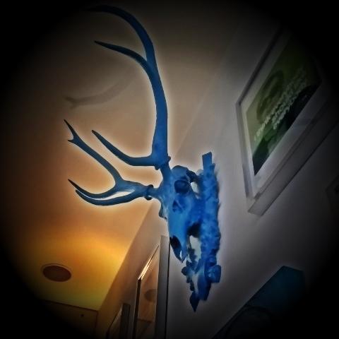 Der blaue Hirsch