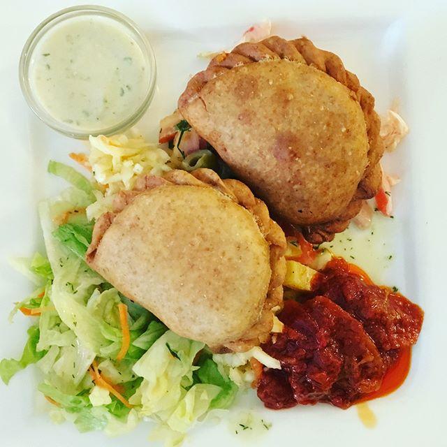 Einmal die Speisekarte im Landia rauf und runter…#foodporn #vegan #landia #vienna #veganvienna #leckerwars