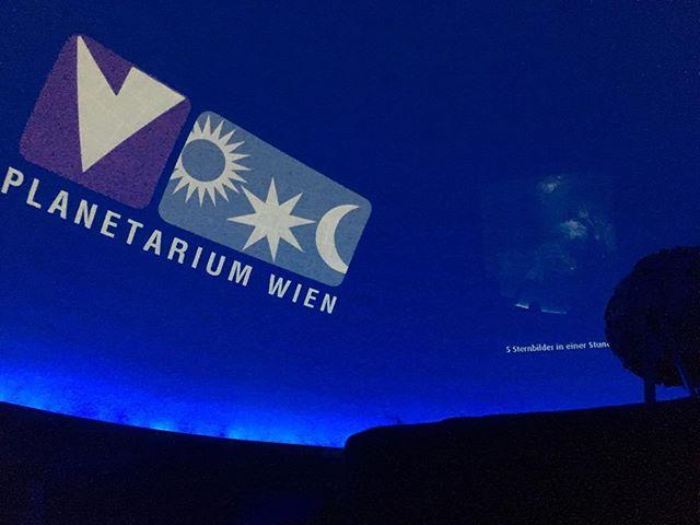 Der neue Saal des Planetarium Wien ist einen Besuch wert…#planetarium #vienna #nofilter #scienceday  #astronomy #nichtaufdembilddiebeeindruckendesternenshow