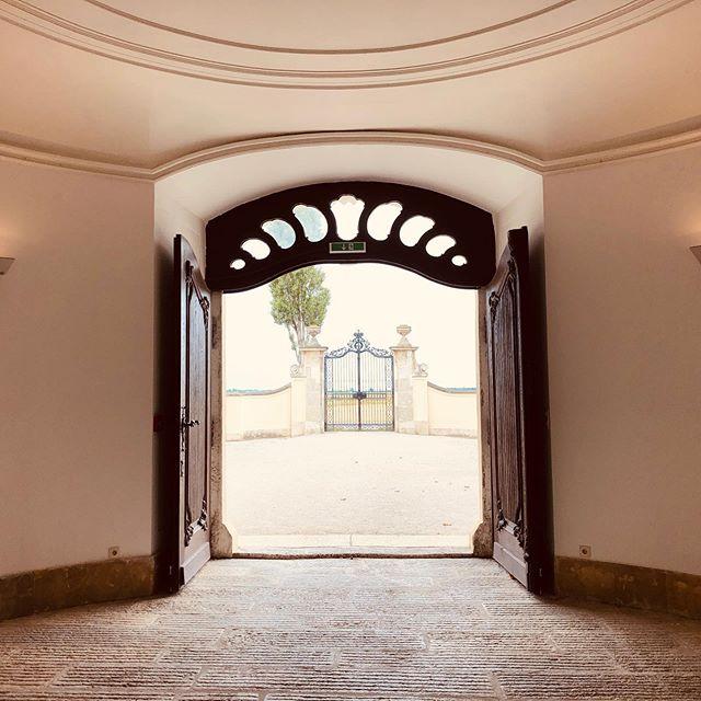 Schloss Niederweiden mit Pastell-Filtern.
