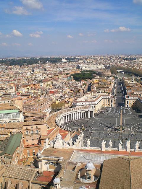 Petersplatz von Kuppel des Petersdoms