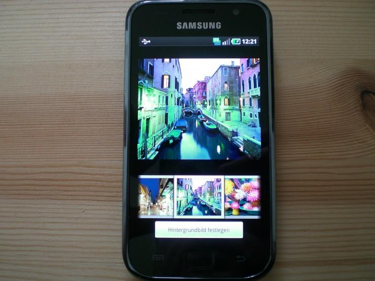 Farbenfrohe Hintergrundbilder beim Startbildschirm vom Galaxy S