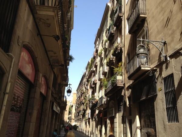 Sommergasse (Barcelona, Spanien)